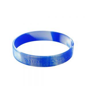 colored rubber bracelets